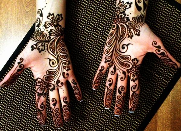 Beautiful Mehndi Designs (39)