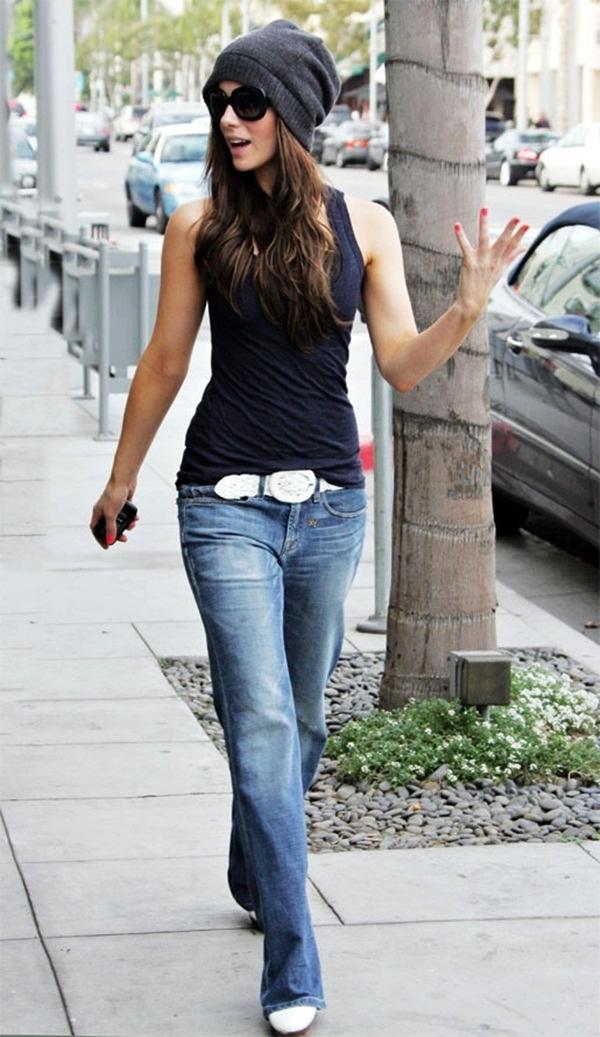Sexy Women Wearing Jeans (38)