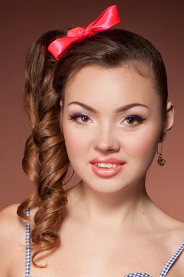 Attractive Side Ponytail Hairstyles for Girls (15)