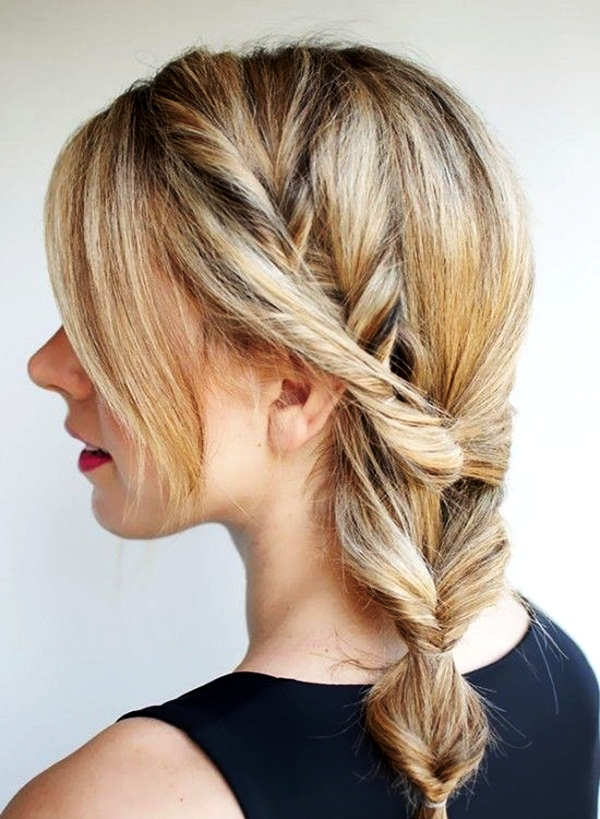Attractive Side Ponytail Hairstyles for Girls (27)