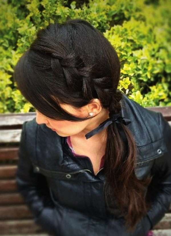 Attractive Side Ponytail Hairstyles for Girls (6)