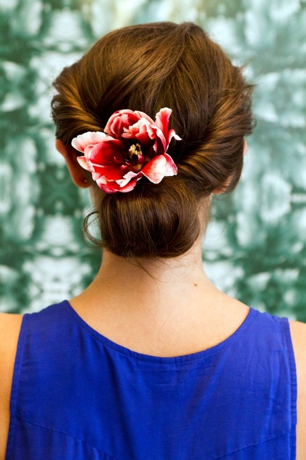 Easy Bun Hairstyles for Women (35)