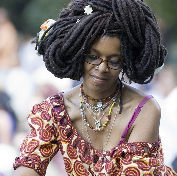 Long Hairstyles for Black Women (29)