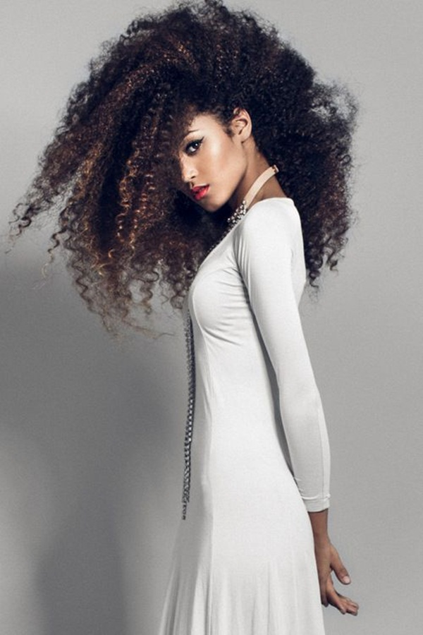 Long Hairstyles for Black Women (34)