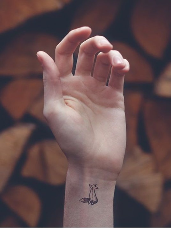 Pretty Small Tattoo Designs for Girls10