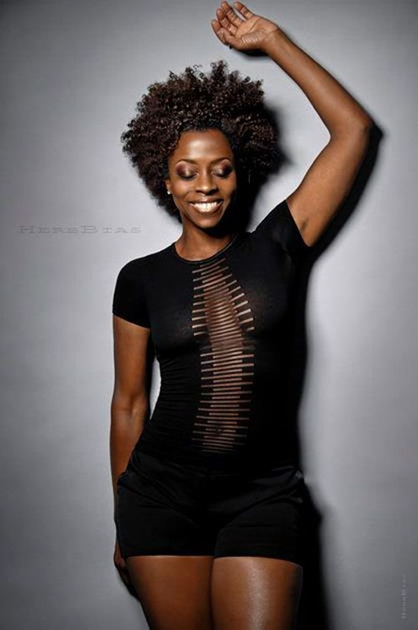 Short Curly Hairstyles for Black Woman (28)