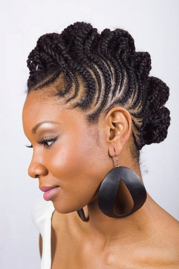 Short Curly Hairstyles for Black Woman (35)