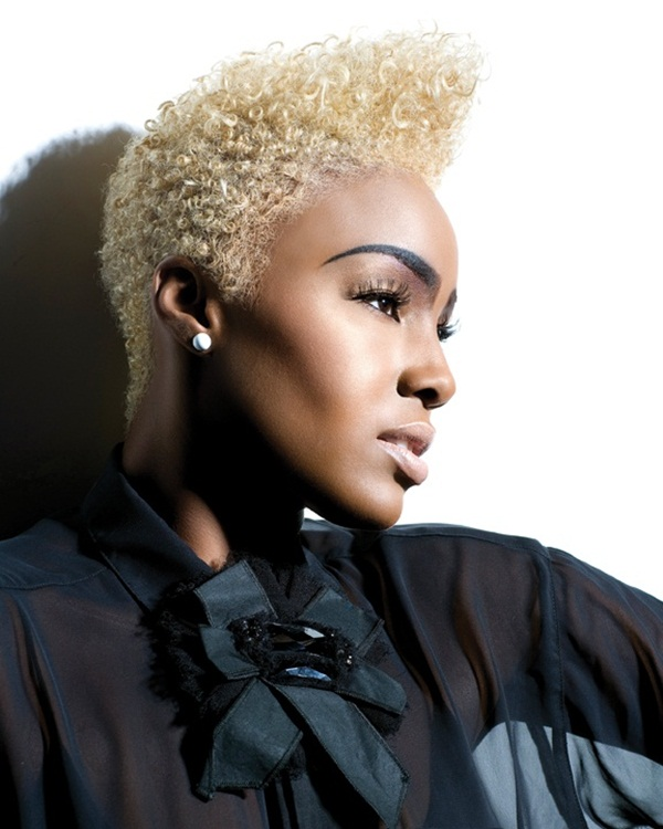 Short Curly Hairstyles for Black Woman (40)