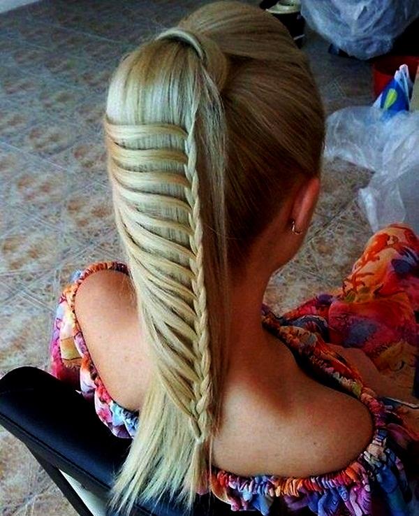 Необычные косички на длинные волосы дома