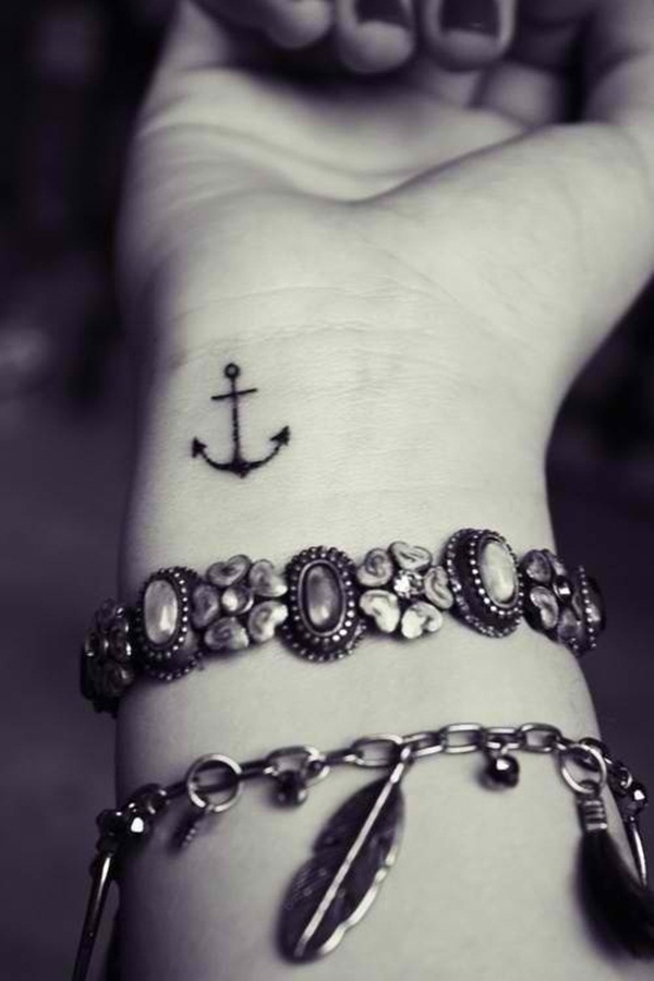 Small Tattoo Designs for Girls (7)
