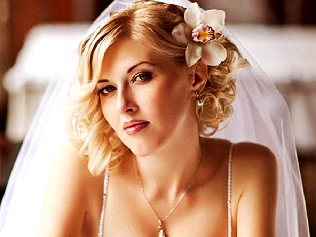 Bridal Hairstyles for Long and Short Hair1.2