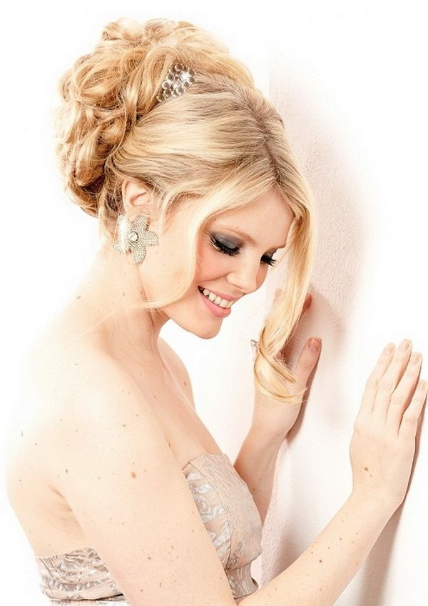Bridal Hairstyles for Long and Short Hair19