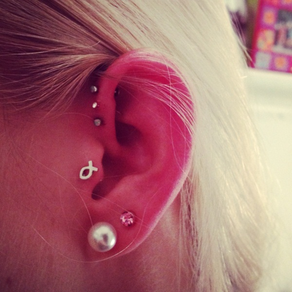 Sexy Tragus Piercing Ideas7