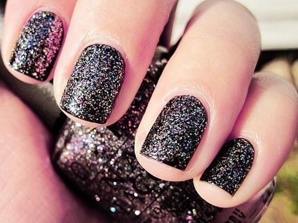 Simple Glitter Nail Art designs11