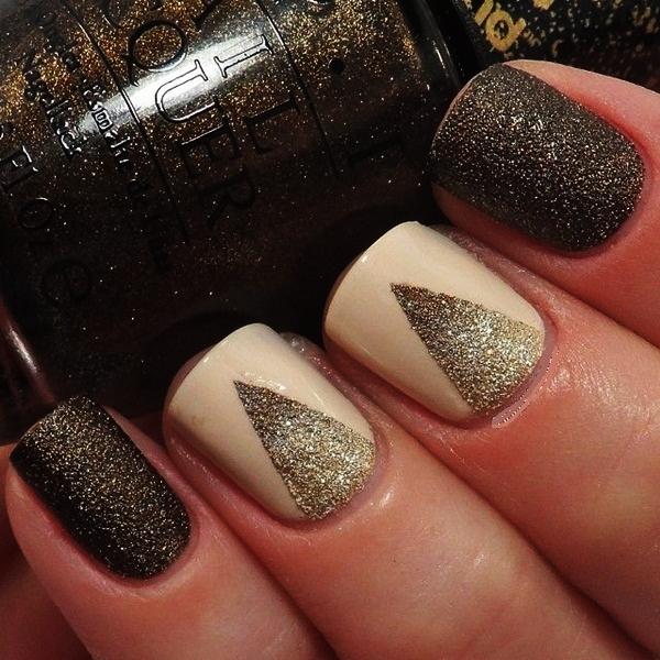 Simple Glitter Nail Art designs8