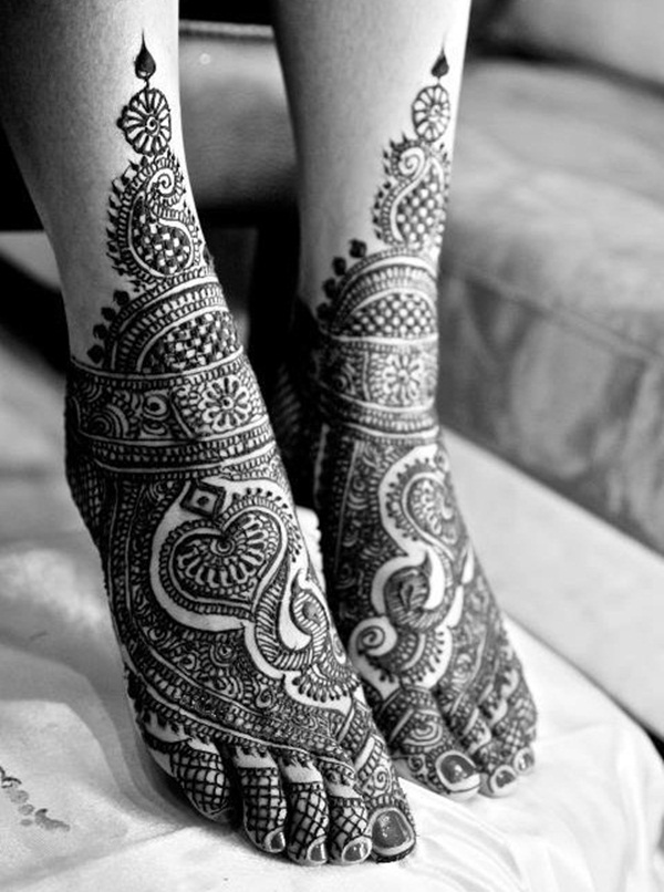 Simple Mehandi Designs for Legs1