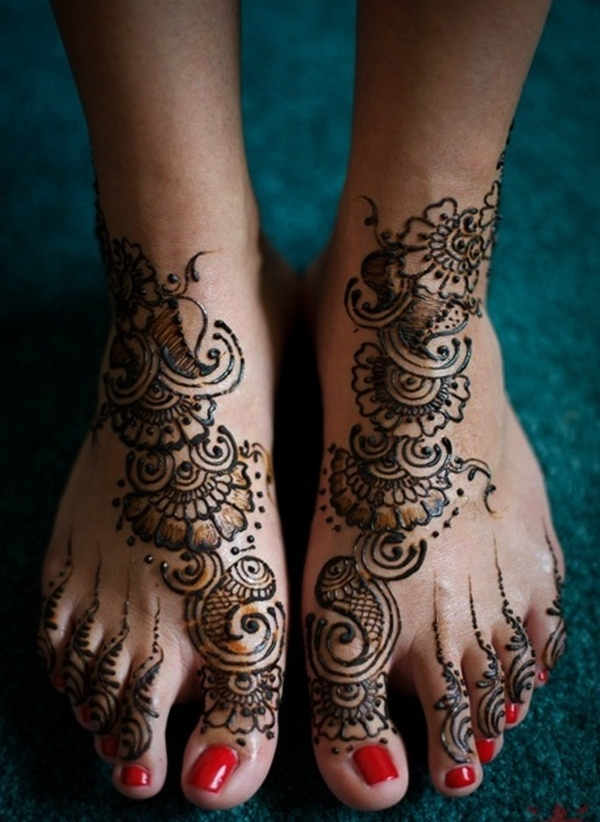 Simple Mehandi Designs for Legs17