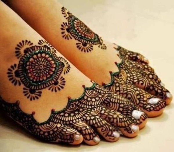 Simple Mehandi Designs for Legs3