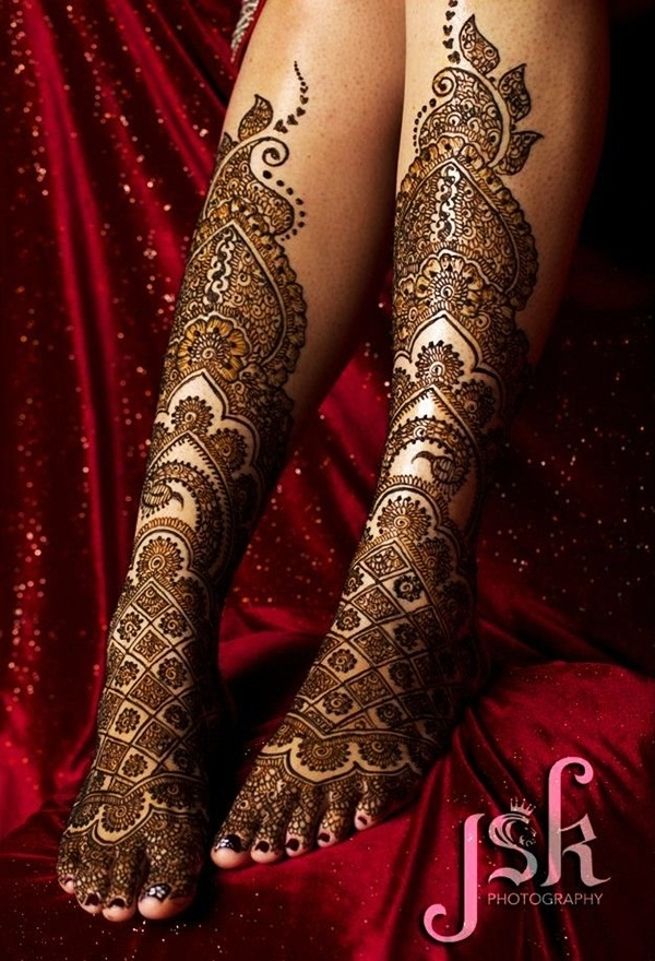 Simple Mehandi Designs for Legs7