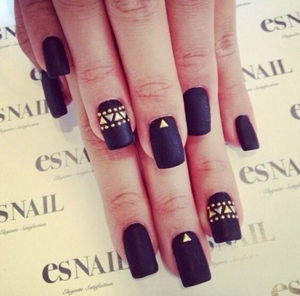 Black Nail art designs15