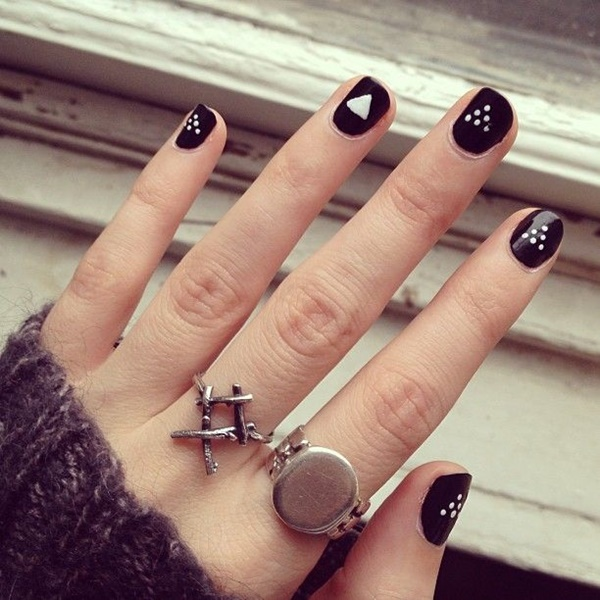 Black Nail art designs5