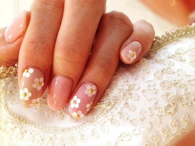 - 45 Easy Flower Nail Art Designs For Beginners
