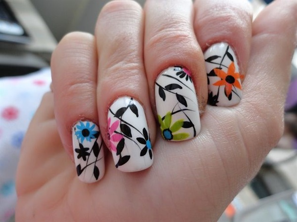 Easy Flower Nail Art Designs for Beginners10.1