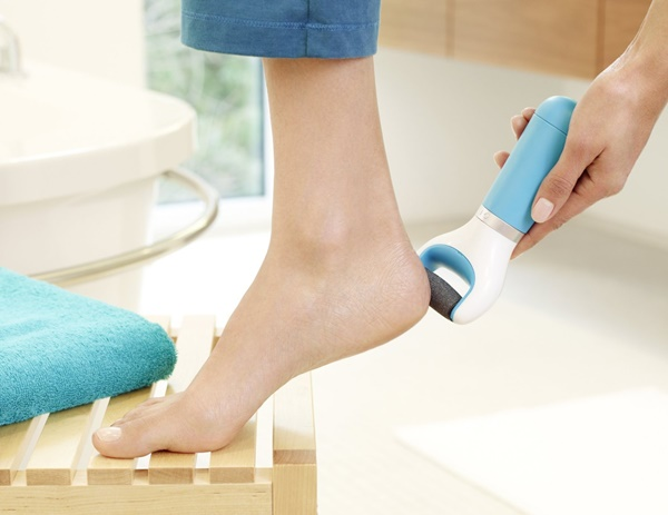 How to do pedicure at Home4