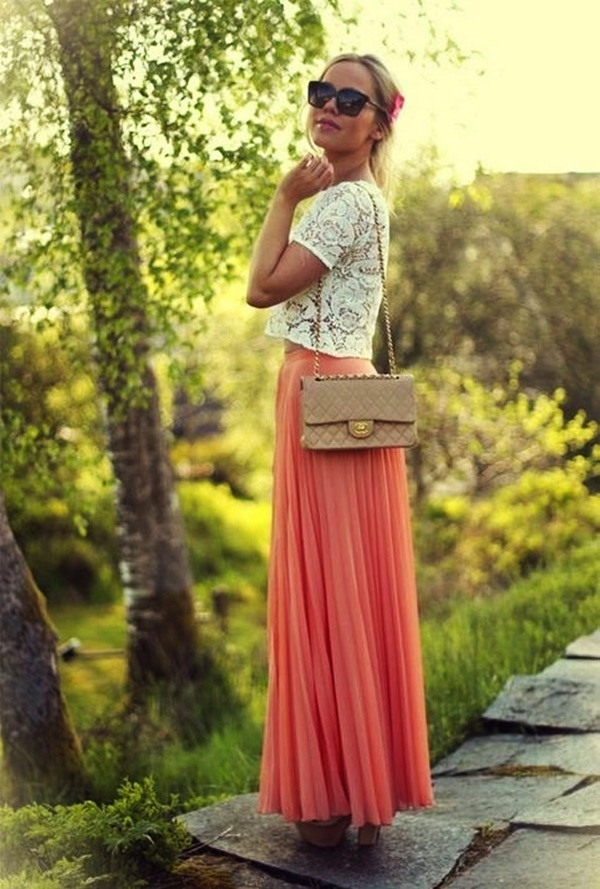 Maxi Skirt Outfits Ideas for Girls37