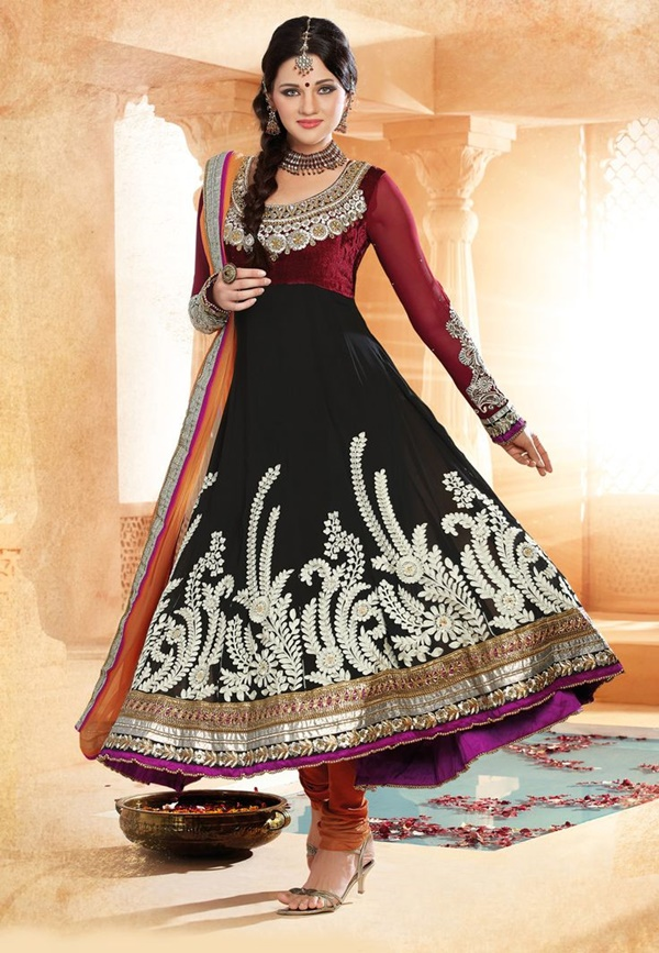 Elegant Indian Dresses and Outfits2.1