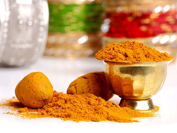 Home Remedies to make skin Fairer and Glowing1