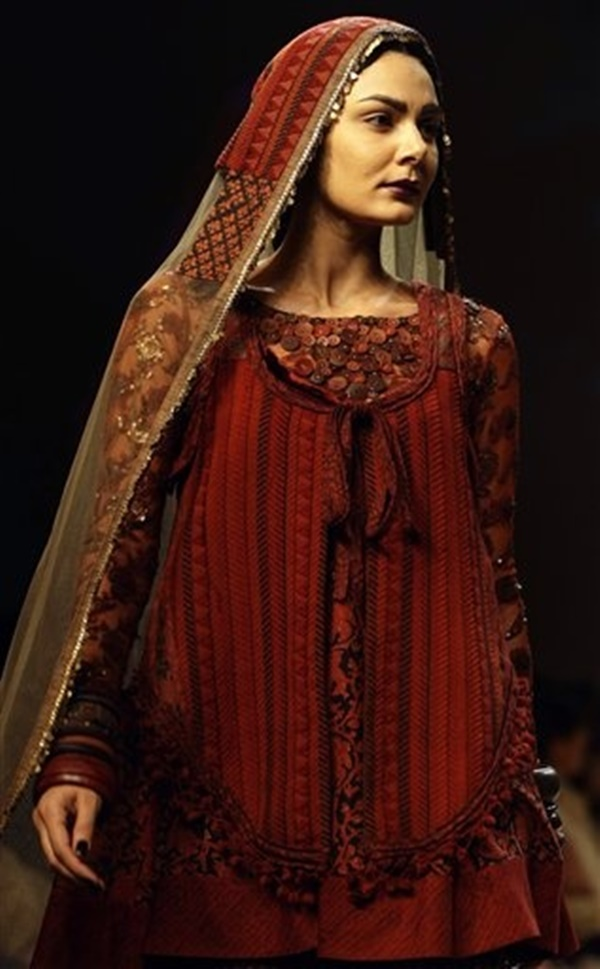 Sabyasachi Mukherji Collection and Designs21