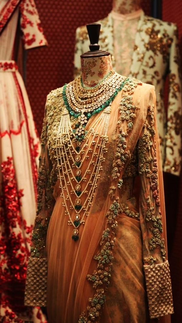 Sabyasachi Mukherji Collection and Designs23