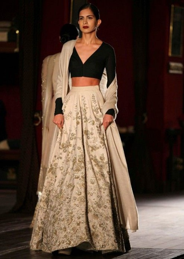 Sabyasachi Mukherji Collection and Designs33