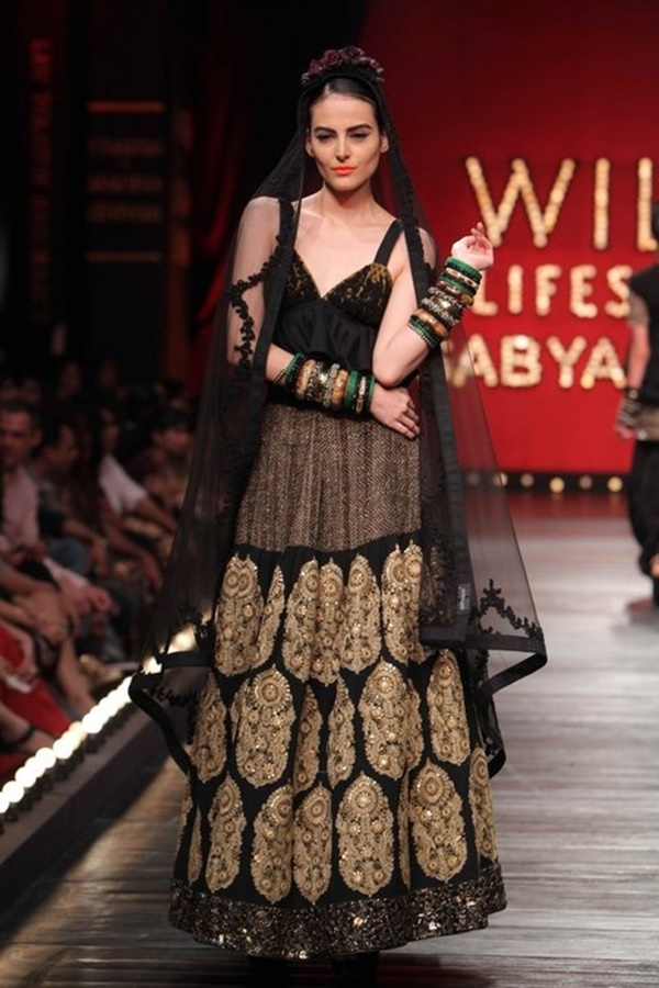 Sabyasachi Mukherji Collection and Designs7