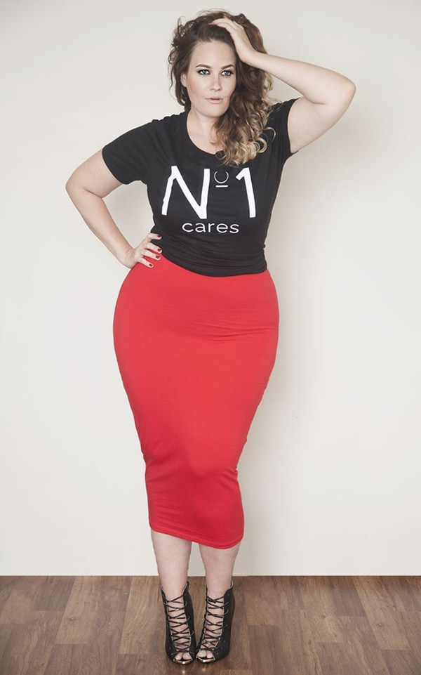 Sexy Curvy Girl Fashion Outfits and Ideas45