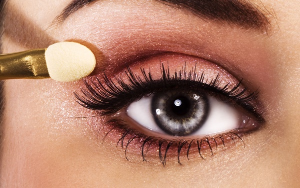 tips and tricks to make your eyes look beautiful8