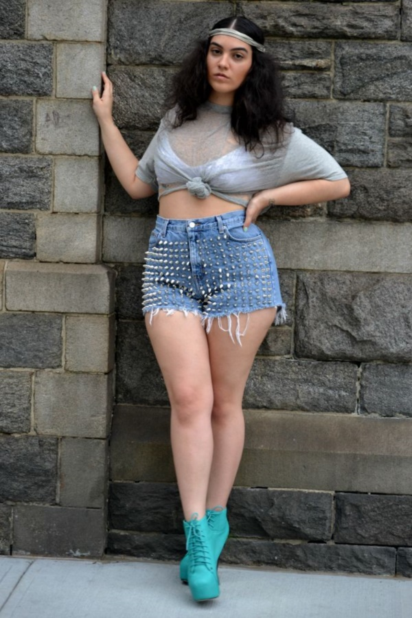 How to wear denim shorts if youre curvy  cosmopolitancom