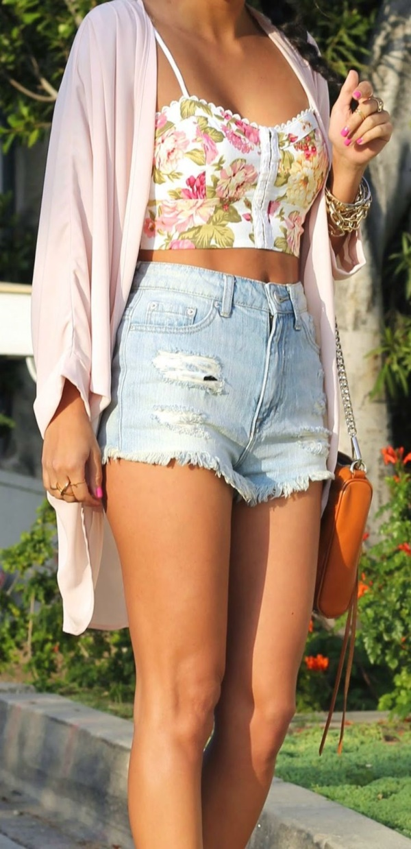 Styling Ideas to wear high waisted Shorts and Jeans0371
