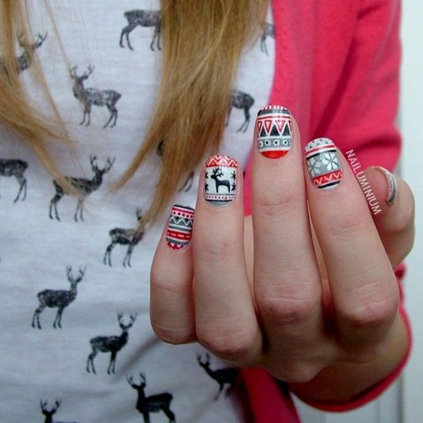 Christmas Nail art Designs and Ideas18
