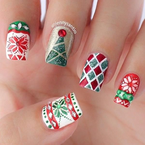 Christmas Nail art Designs and Ideas46