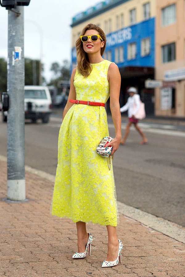 Neon Fashion Outfits for Teens (13)