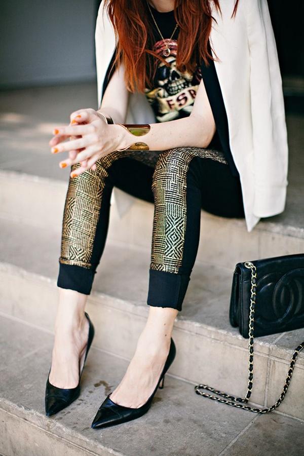 Stylish Ways to Wear Leggings in winter25