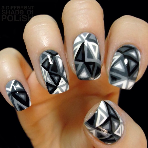 Black and White Nails Designs (11)