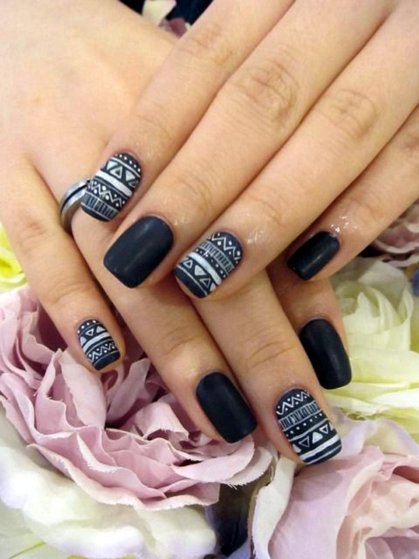 Black and White Nails Designs (16)