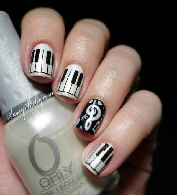 Black and White Nails Designs (19)