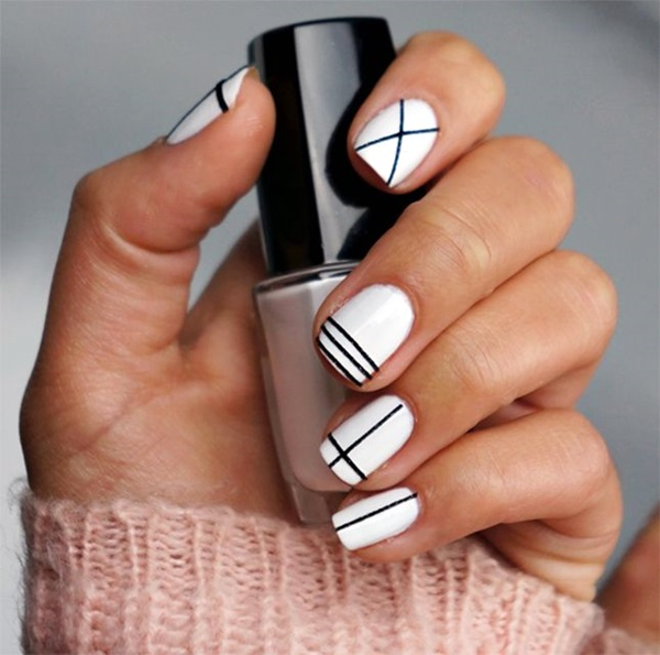 Black and White Nails Designs (32)