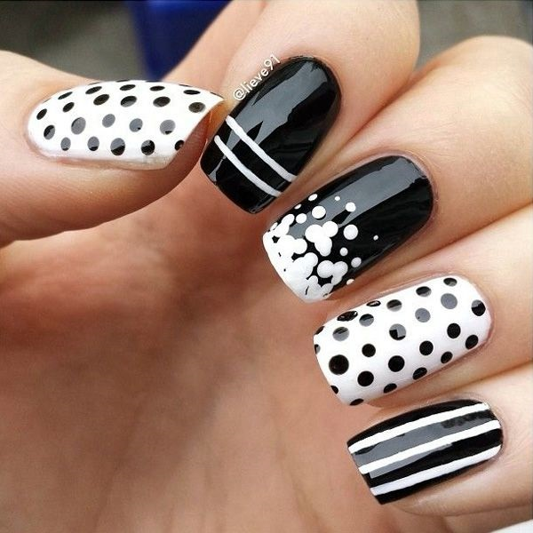 Black and White Nails Designs (34)