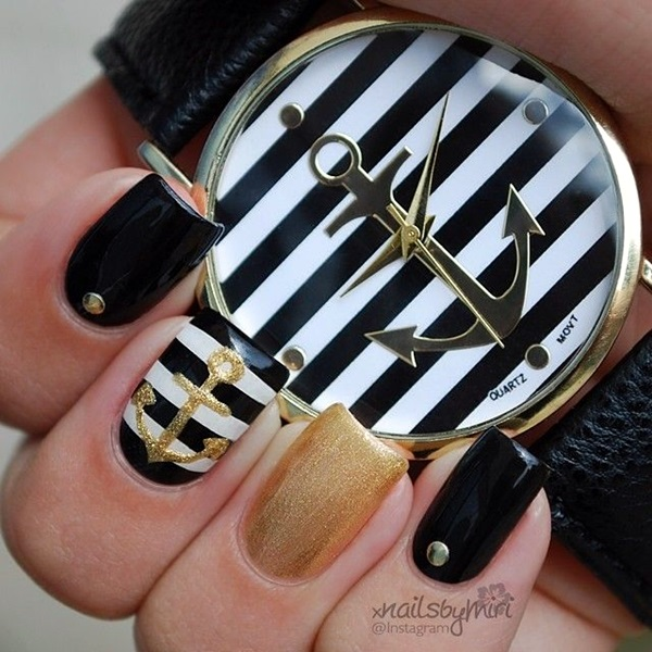Black and White Nails Designs (44)