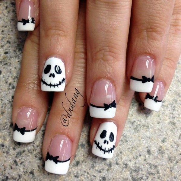 Black and White Nails Designs (8)